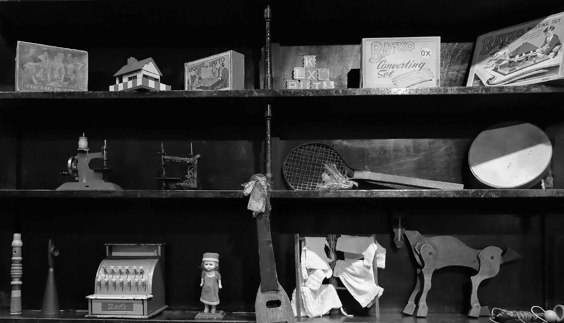 Display of toys and games 1890-1960